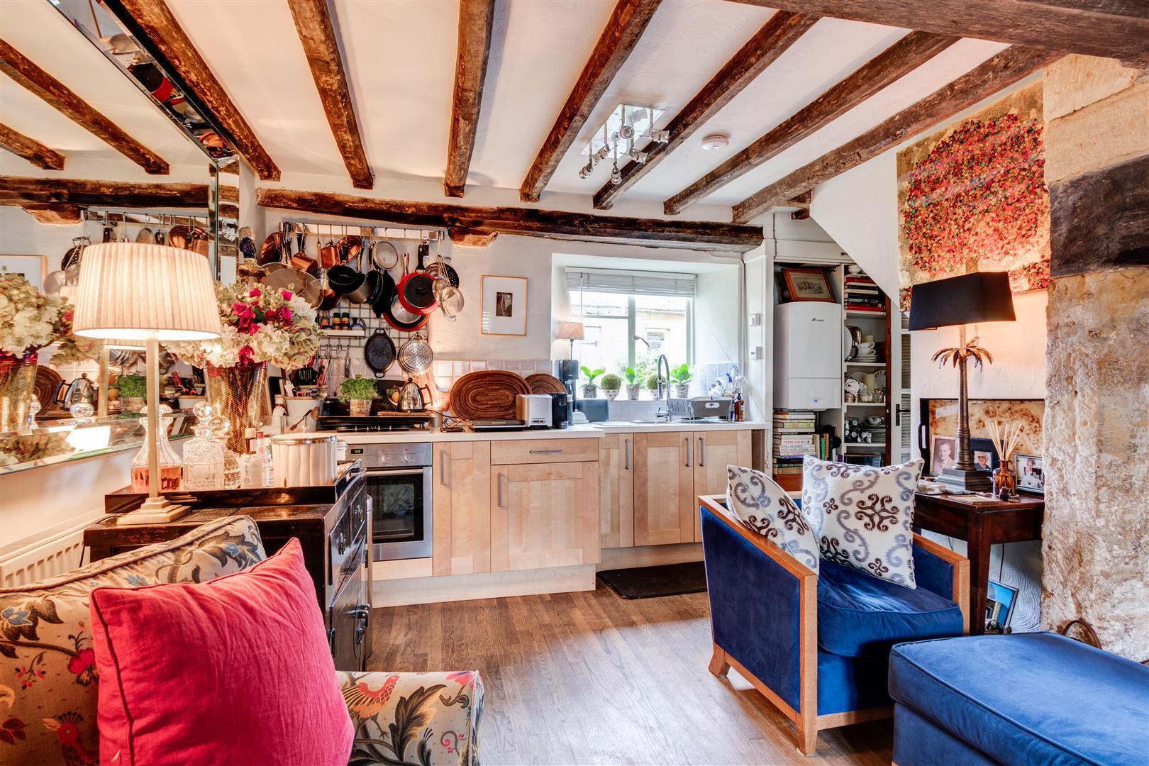 Kitchen Sitting Room.jpg